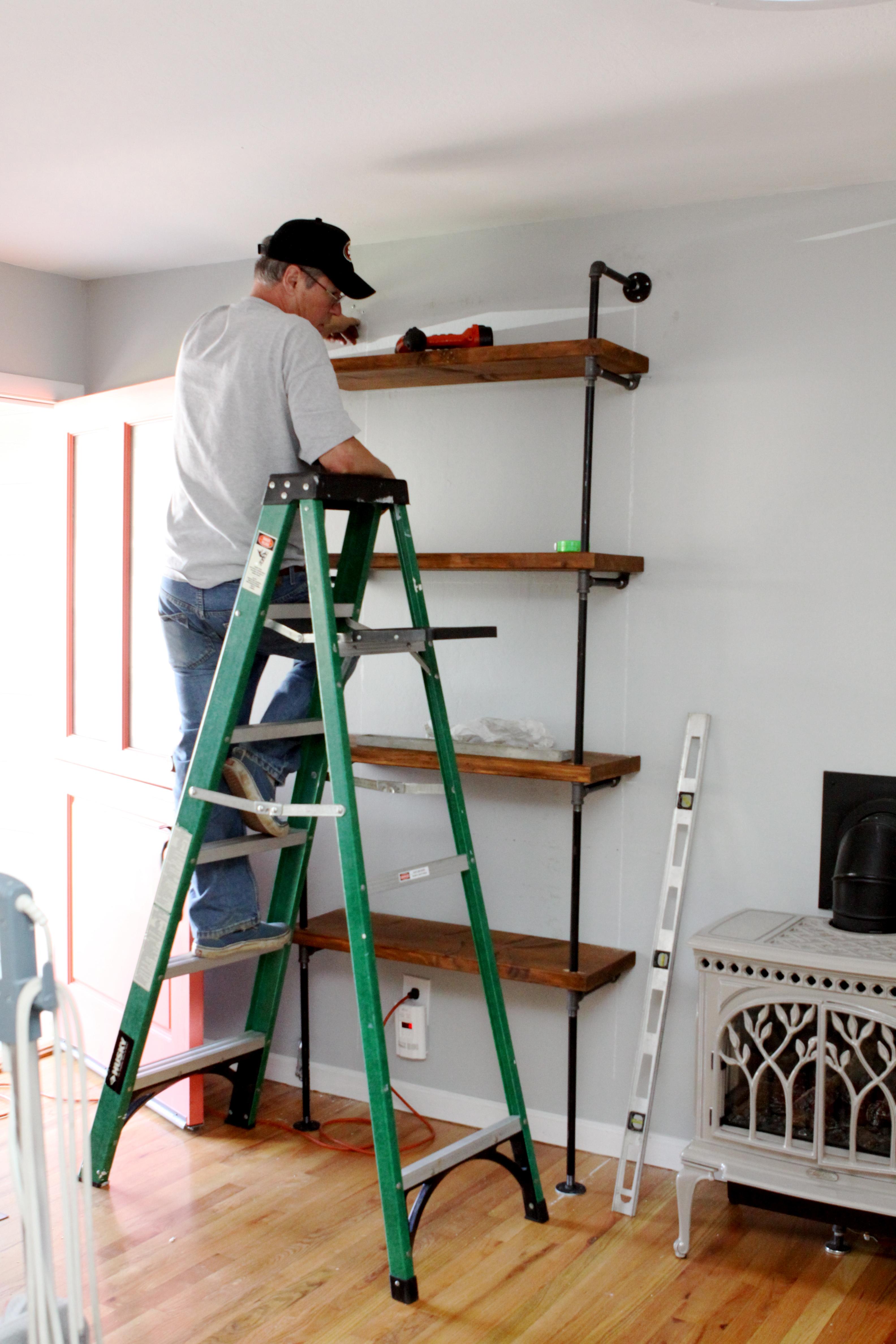 Diy rad bookshelves holla pomp and circumstance for How to diy bookshelf